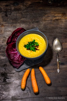 Warming carrot soup